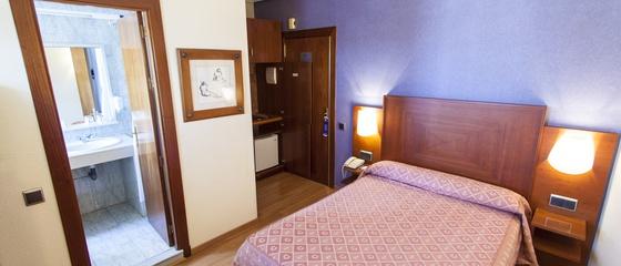 Room service Aparthotel Torreluz
